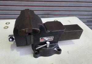 藤原産業 ガレージバイス